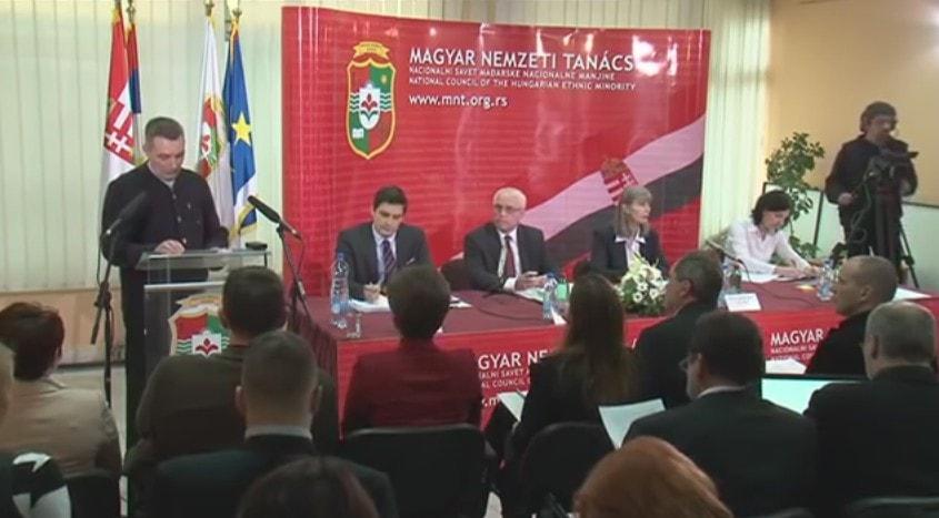 Bővíz László a Magyar Nemzeti Tanács ülésén