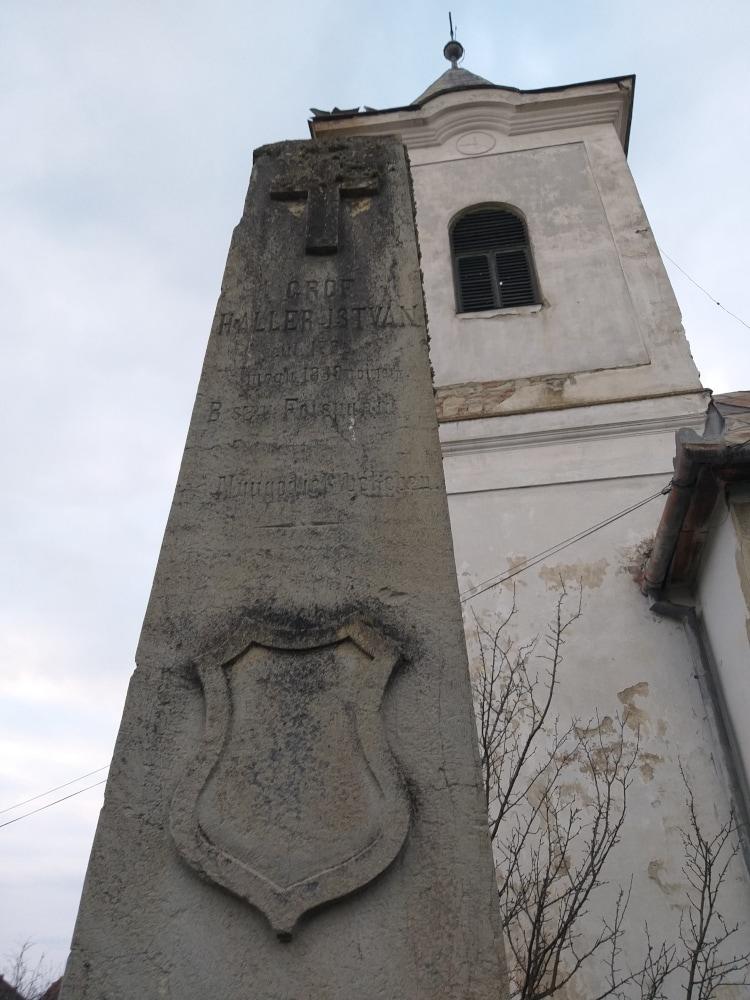 Gróf Haller István sírköve
