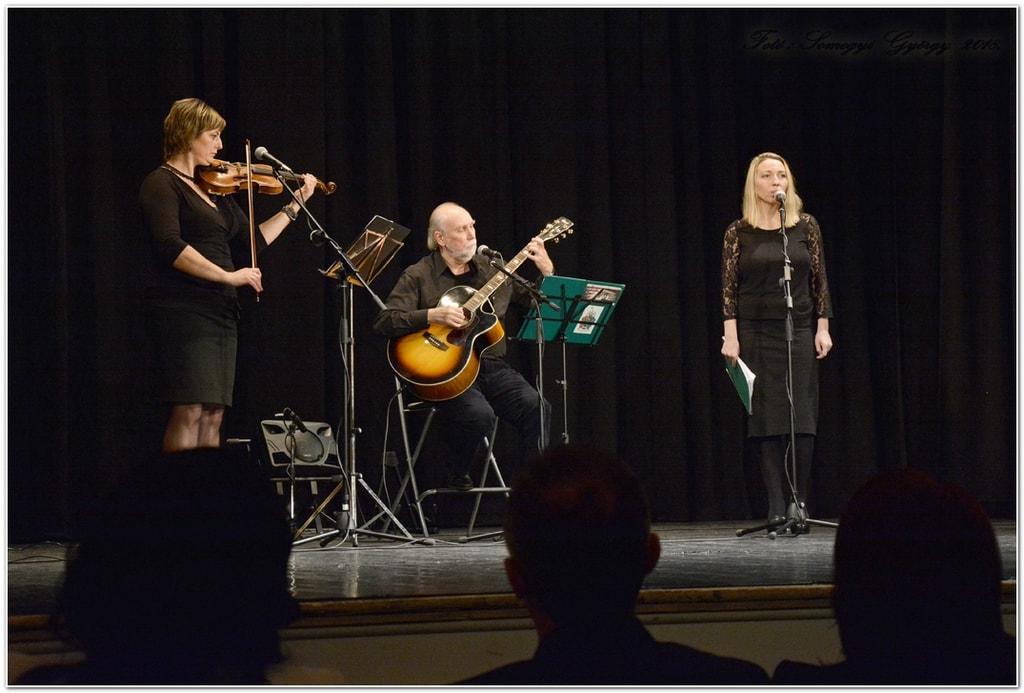 A Credo Verséneklő Együttes koncertje