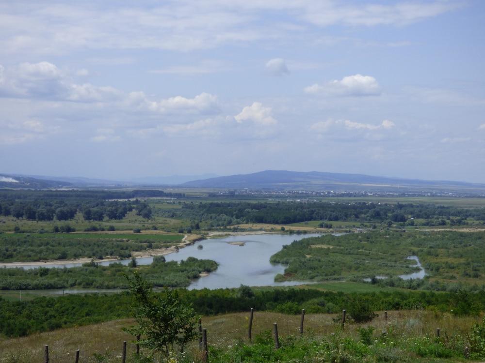 A Szeret völgye Ploszkucény határából nézve