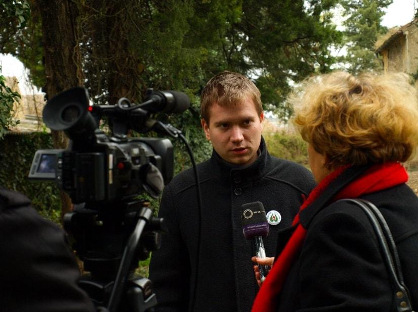 Sajtótájékoztató Németcsernyén – Hetzmann Róbert elnök