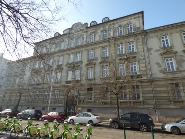 A Radetzky-laktanya. A monarchia laktanyaépítészetének egyik utolsó emléke